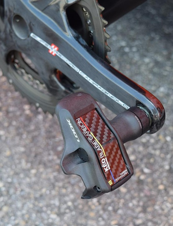 Cunego uses Look Keo Blade Carbon pedals