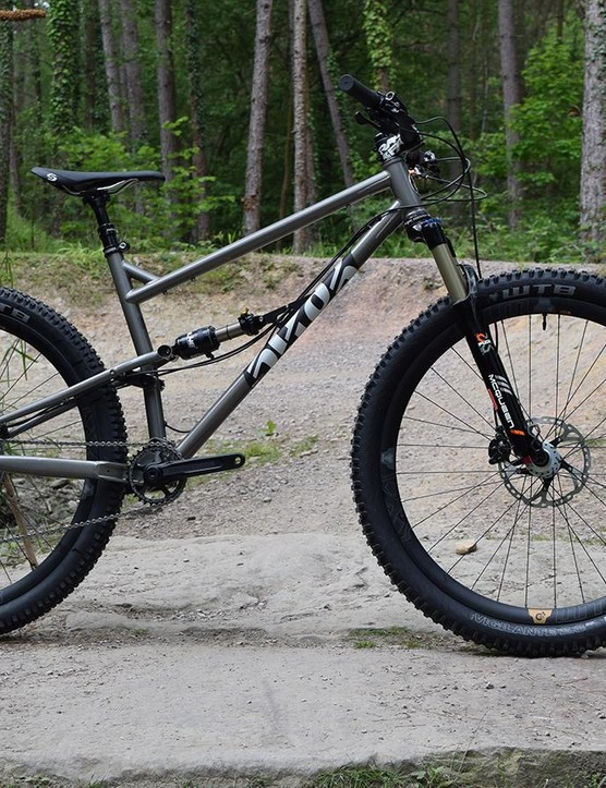 The FlareMAX is a 120mm 29in or 27.5+ trail slayer