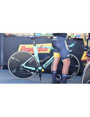 Primoz Roglic raced the stage on a special edition Bianchi Aquila, first presented to the rider earlier in the year