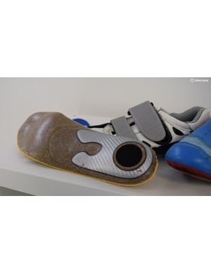 Different components of the inner sole result in greater comfort and power transfer, while preventing injuries