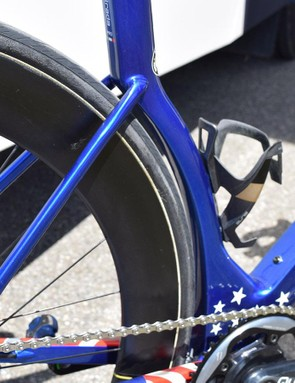 The 3T Strada frameset has a seat tube which hugs the rear wheel for improved aerodynamics