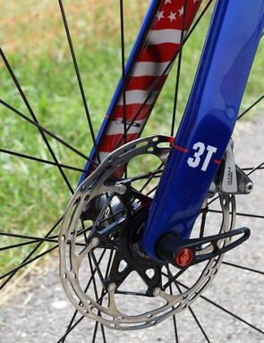 The US flag also features on the inside of the fork legs