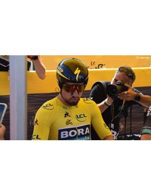 Peter Sagan prepares himself ahead of the stage