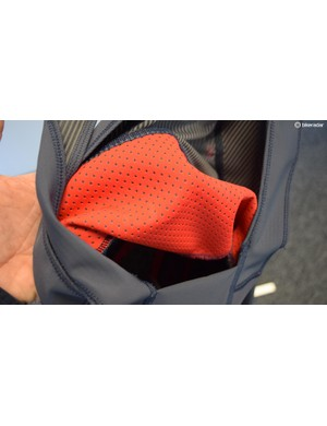 The Castelli Premio 2 bibshorts feature a dual-layered lumbar support to improve fit on the shorts