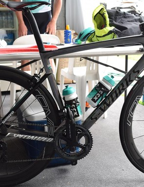 Sagan has the Specialized power meter on his drive side, and a 4iiii power meter on the non-drive side