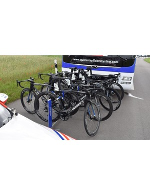 For several stages, nearly all of the Quick-Step Floors riders rode disc brakes on a mix of S-Works Tarmacs and an unreleased aero bike from Specialized