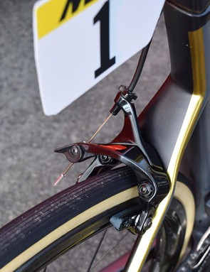 The BMC Teammachine SLR01 featured direct mount brakes front and rear