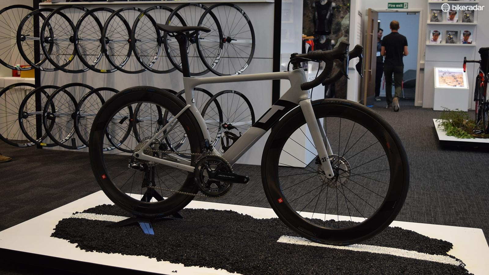 A look at the 3T Strada Due