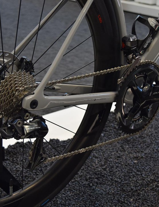 This particular build is equipped with a full Shimano Dura-Ace R9170 Di2 groupset