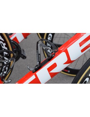 Trek-Segafredo pairs its framesets with Bontrager XXX bottle cages