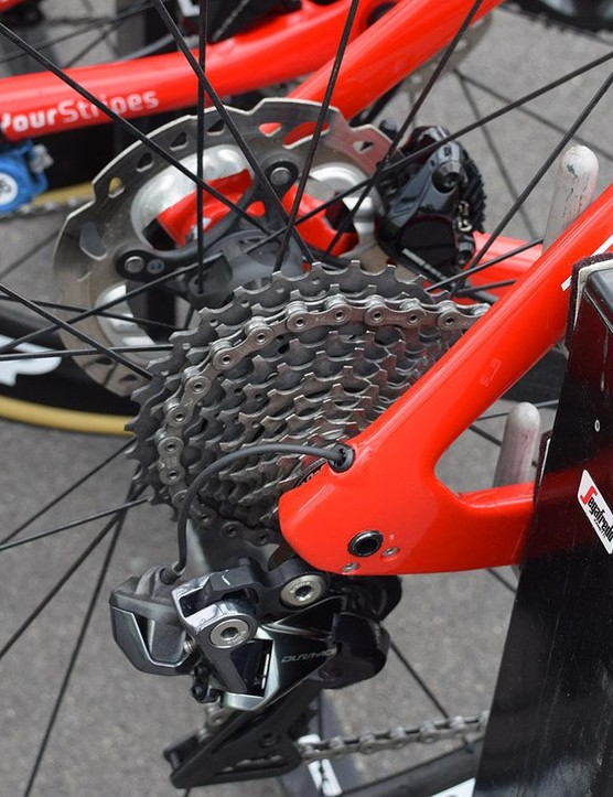 Trek-Segafredo uses Shimano Dura-Ace R9100 cassettes and chains