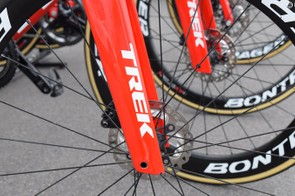 Like other disc-specific aero bikes, the Trek Madone features a square taper at the bottom of the forks