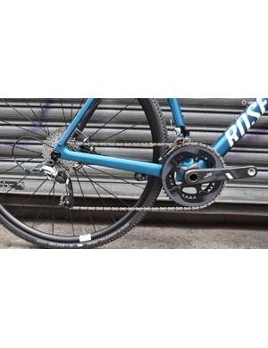 The bike's drivetrain consists of a SRAM Force mechanical drivetrain