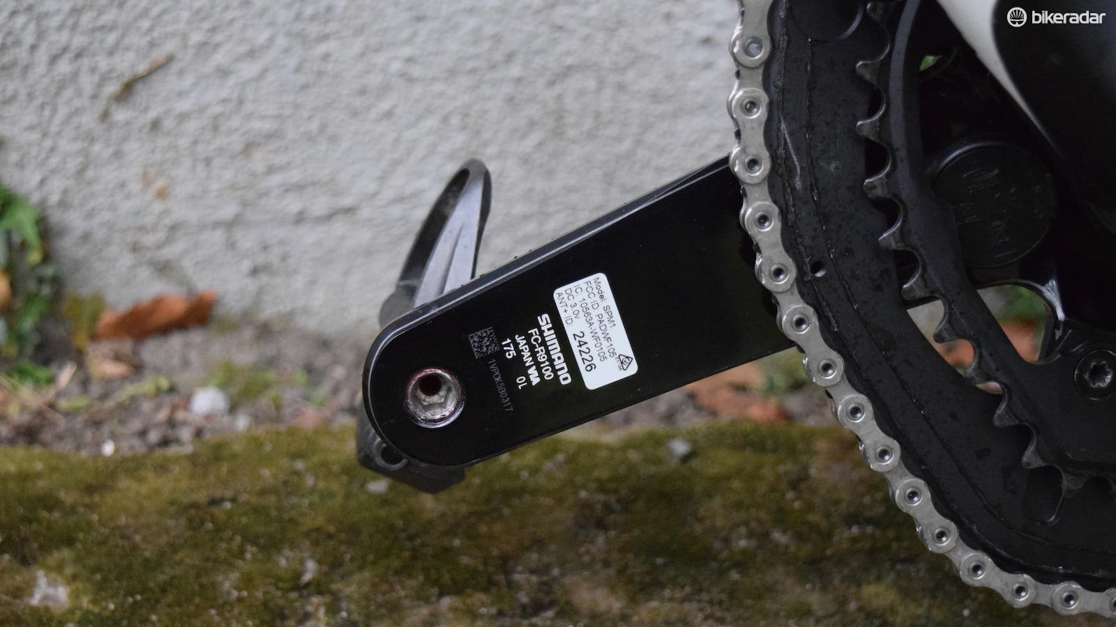 The 175mm cranks are fitted with Stages power meters