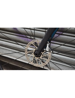 A look at the front rotor and carbon fork thru-axle area