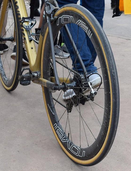 Sagan raced on carbon Roval CLX 50 wheels