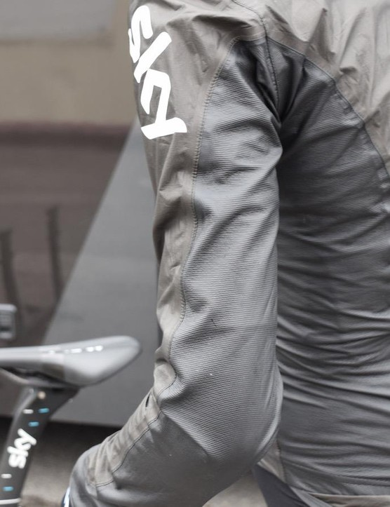 Gore's new stretch inserts feature in the side panels, elbow and armpits