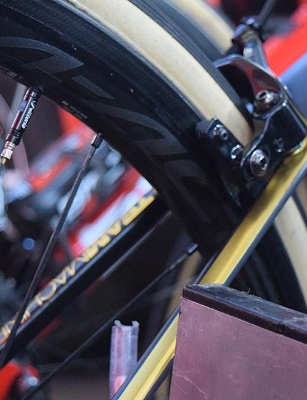 Van Avermaet's BMC is equipped with Shimano Dura-Ace R9100 C24 wheels, which are paired with Vittoria tubulars