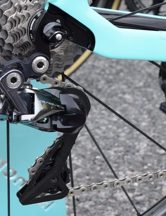 The fade-out black and silver design from the latest Shimano Dura-Ace groupset is most prominent on the rear derailleur and wheel hubs