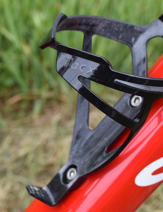 All black Tacx Deva bottle cages is a sharp look