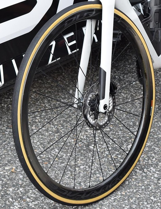 The left fork leg features an aero fairing which a BMC mechanic said would need to be removed before racing