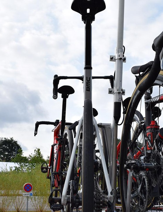 A look at the narrow rear profile of the bike