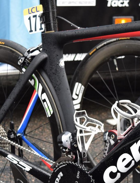 Boasson Hagen's frame features the Norwegian flag inside the stays and forks, as well as under the top tube