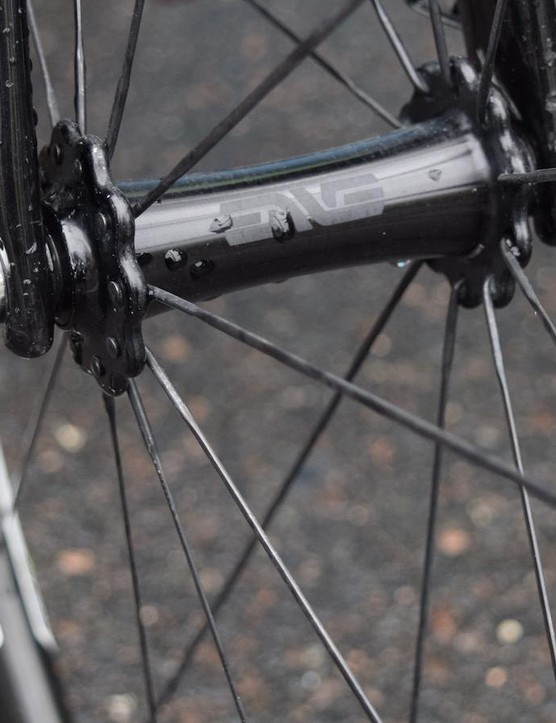 ENVE offers its 4.5 SES wheelsets with an ENVE, DT Swiss or Chris King hubs