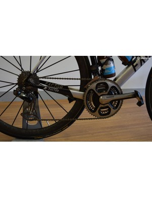 The drivetrain uses a combination of Shimano, SRM and CeramicSpeed components