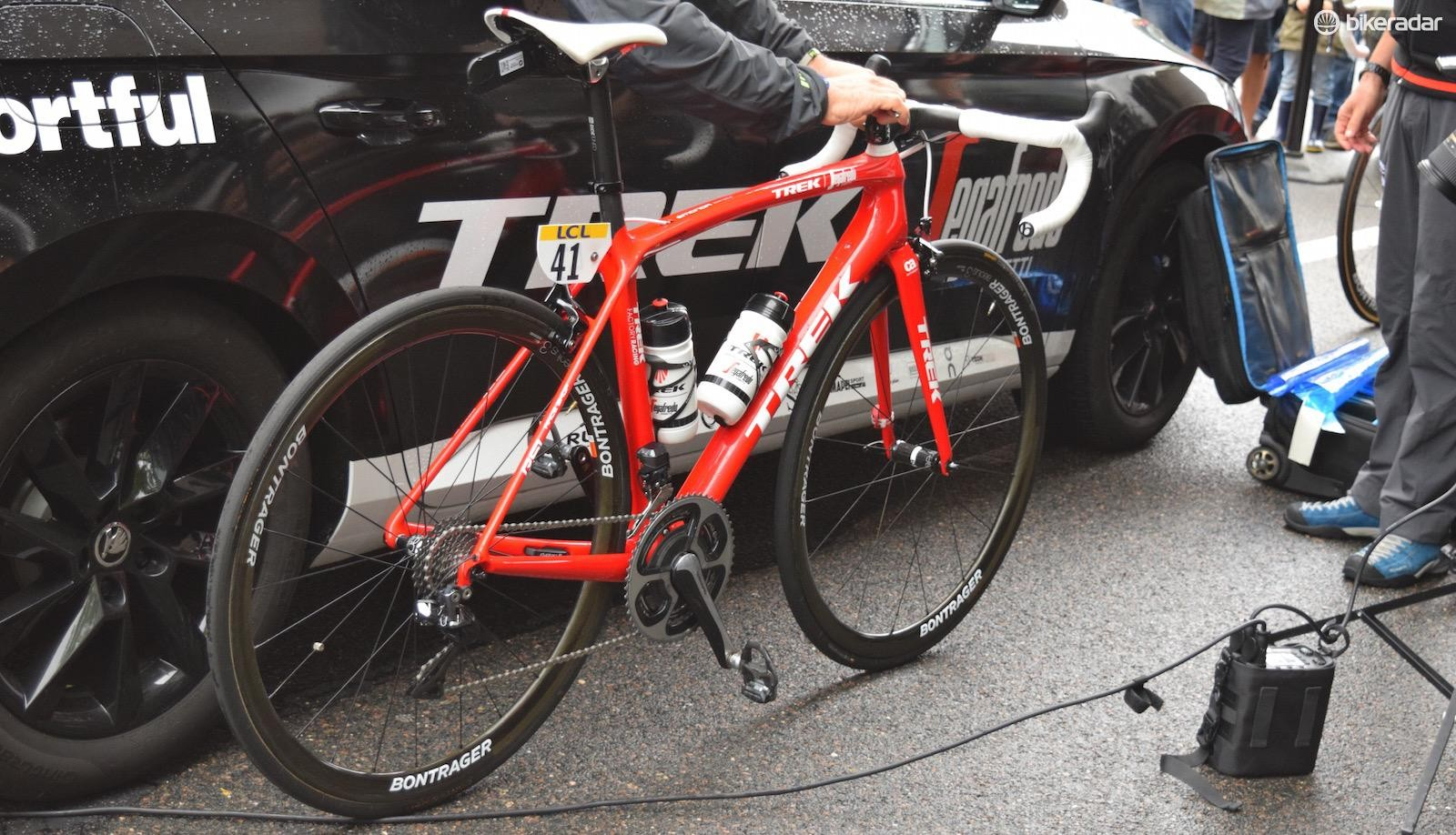 The new Trek Emonda SLR is being raced at the Dauphiné