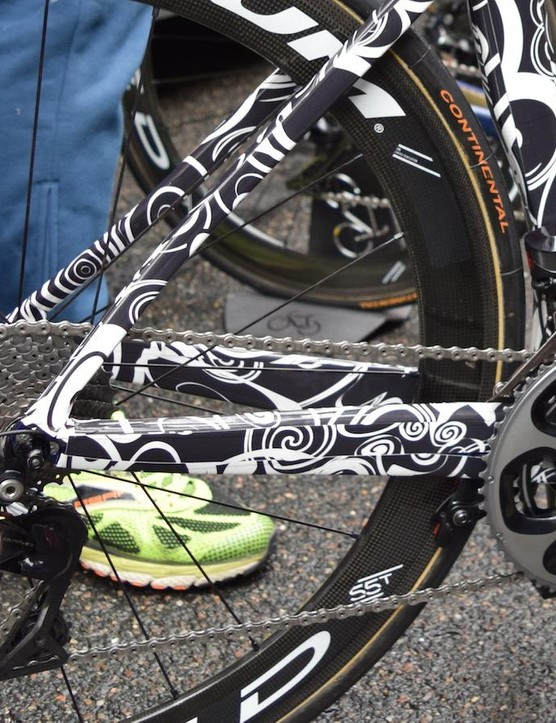 The Merida Reacto is wrapped substantially in tape to keep as many features as inconspicuous as possible