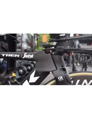 The Trek Speed head cluster has an integrated front brake and internal cable routing
