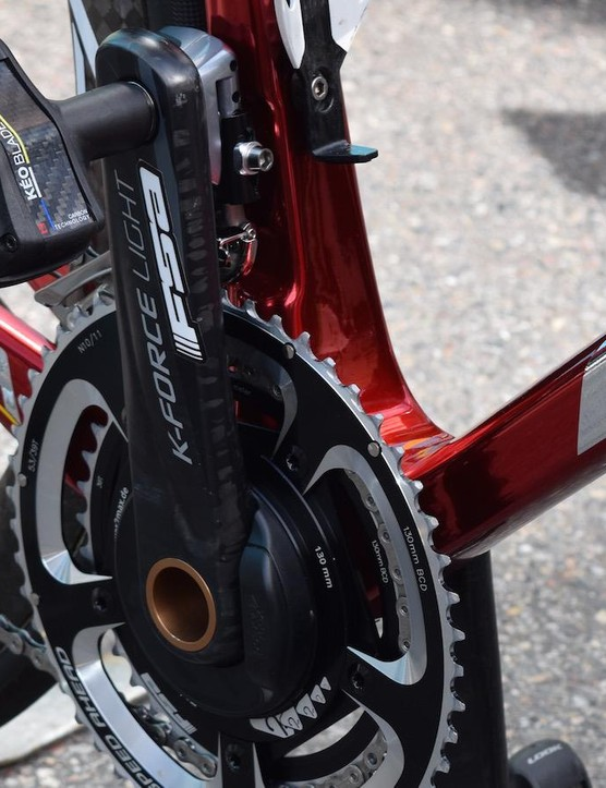 Aru runs a FSA K-Force Light crankset with 53/39t chainrings