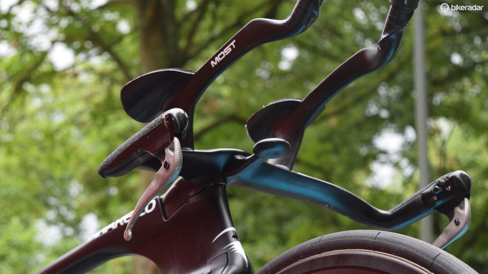 There were rumours of Geraint Thomas and Chris Froome running 3D-printed titanium cockpits