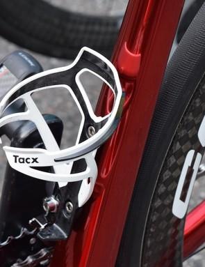 The bike features Tacx Deva bottle cages