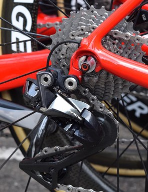 Both the front and rear derailleurs are the latest Shimano Dura-Ace 9100 series