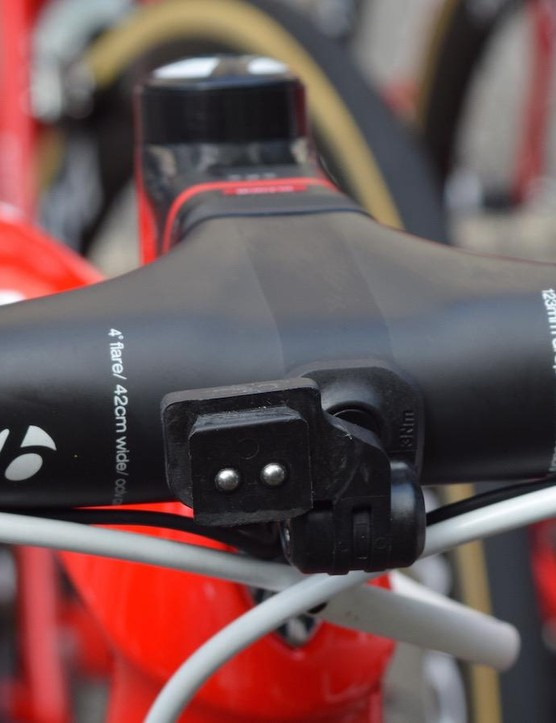 Contador opts for Bontrager XXX integrated handlebars/stem, with reverse wrapped handlebar tape