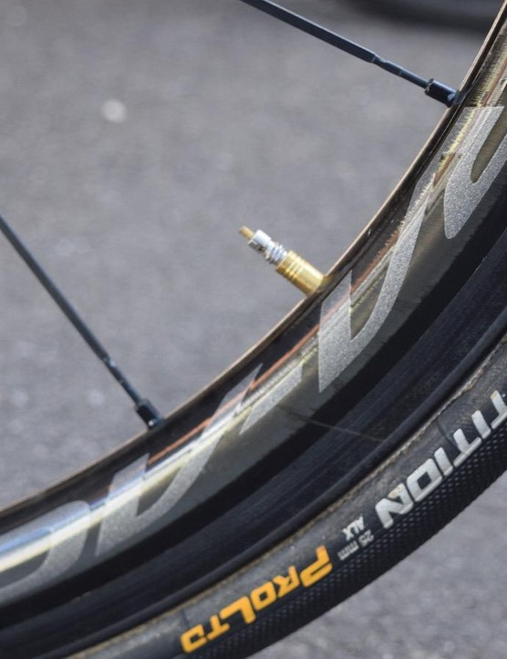 As with most top teams, Orica-Scott opts for Continental Competition ALX 25mm tubular tyres