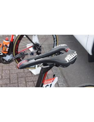 Meintjes' perch is a Selle Italia SLR Superflow Team Edition saddle