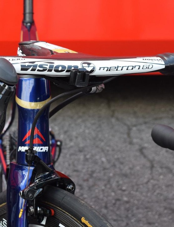 The unreleased Vision Metron 6D integrated stem and handlebars