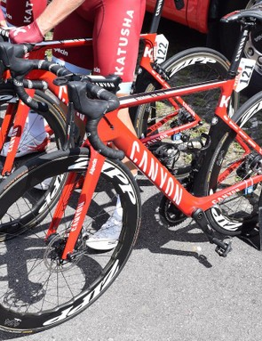 Tony Martin was the only Katusha-Alpecin rider on disc brakes for stage 4, although teammate Reto Hollenstein opted for discs on stage 2