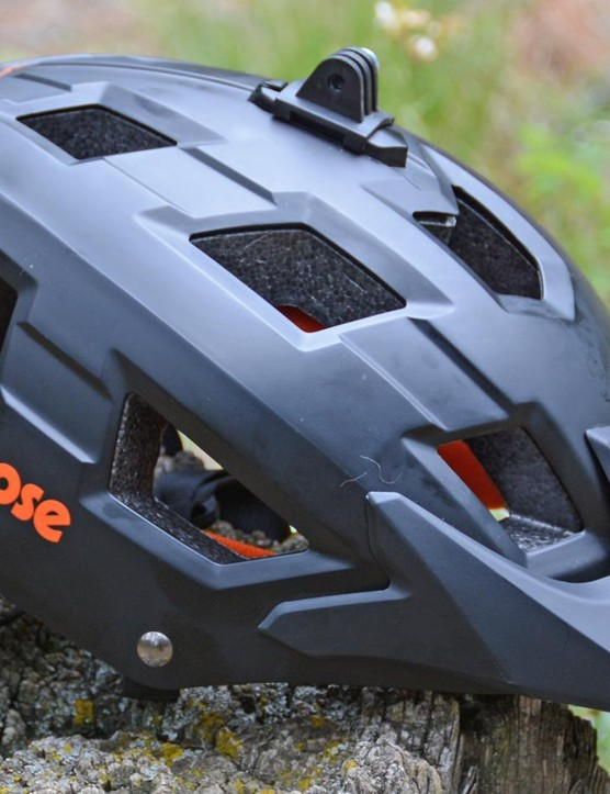 Mongoose's Capture is a good helmet with one big surprise, the price