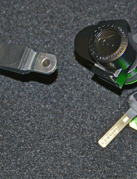 All components of the lock are said to be drill proof