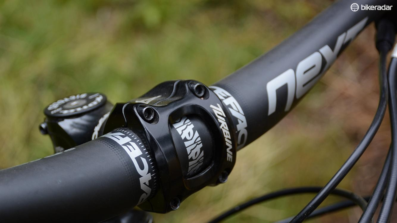 Race Face's stout 35mm diameter Next carbon bar and Turbine stem were on board