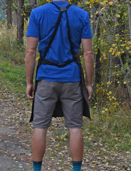 I adore the crossover back straps. The long length and huge pockets are great as well