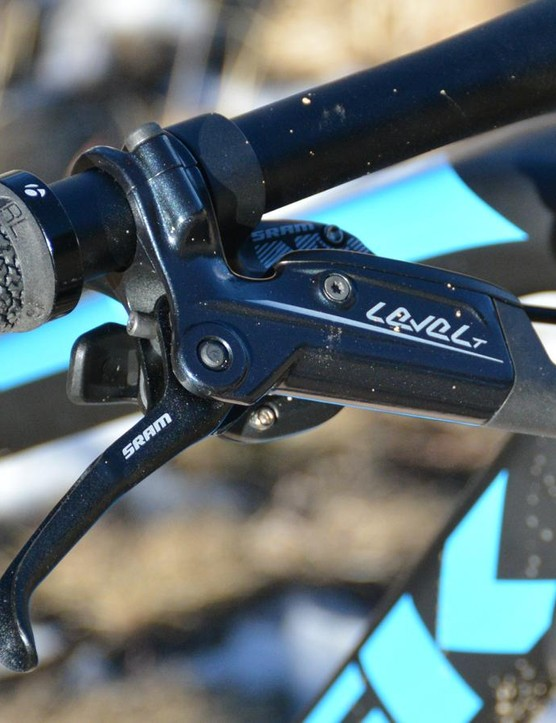 SRAM Level T disc brakes were consistent although lacked smooth modulation