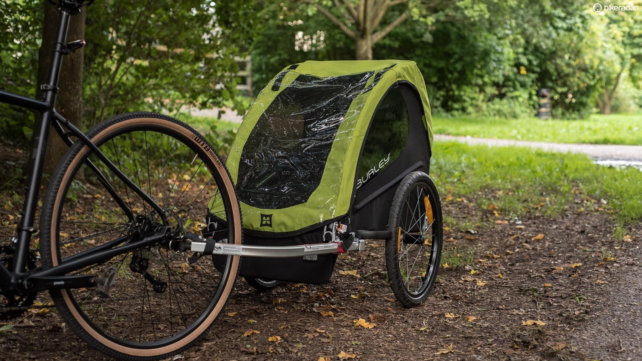 The Burly Minnow is a smart little single-seat trailer for kids