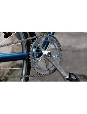 The Arundel crankset matches the classic lines of the frameset perfectly
