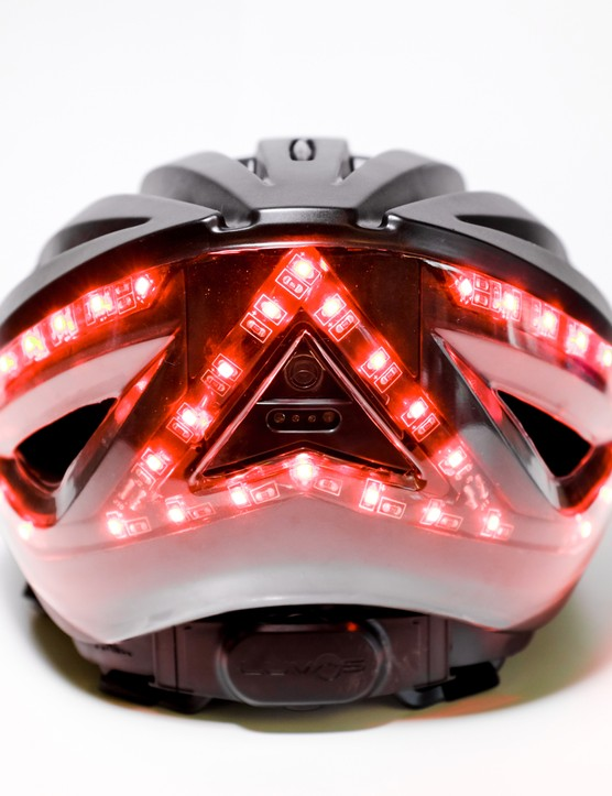 When the built in accelerometer sense deceleration, the Lumos activates all three of its rear light clusters in a static red form, just like the brake lights on cars