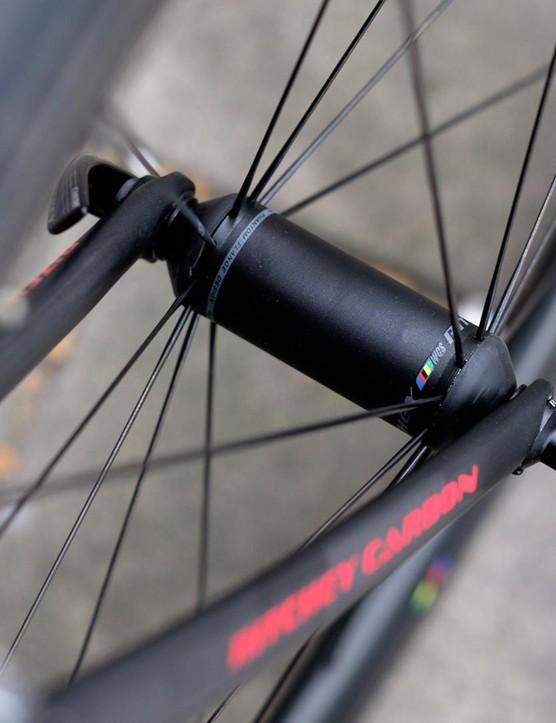 Svelte hubs meet radial spokes